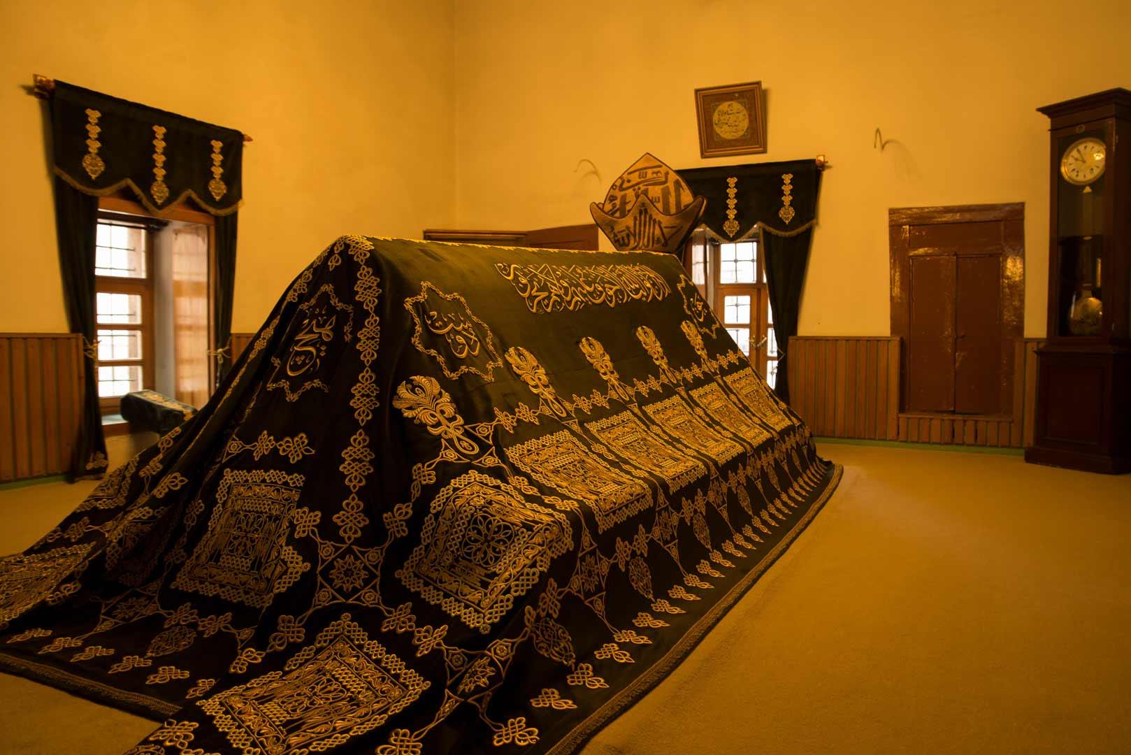 مقبره شمس تبریزی در قونیه